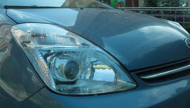 Бисветодиодные фары Toyota Prius 03-10