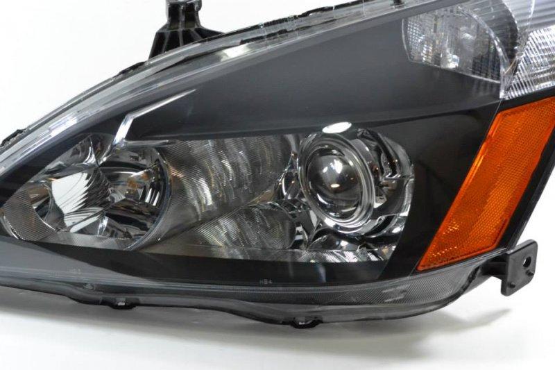 Бисветодиодные фары Honda Inspire 03-07