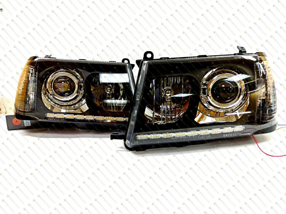 Черные BiLed тюнинг фары Toyota Land Cruiser 100 98-06