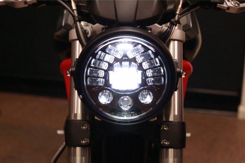 JW Speaker 8790 Dynamic LED Headlight
