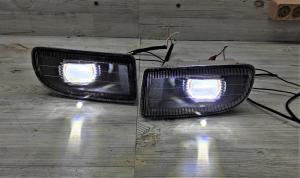 Автомобильные светодиодные матричные противотуманные фары Toyota Land Cruiser 100 (1998-2007) LEDSTUDIO