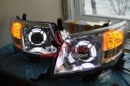 Би ксеноновые фары Toyota Hilux с функцией 3D ДХО габарит